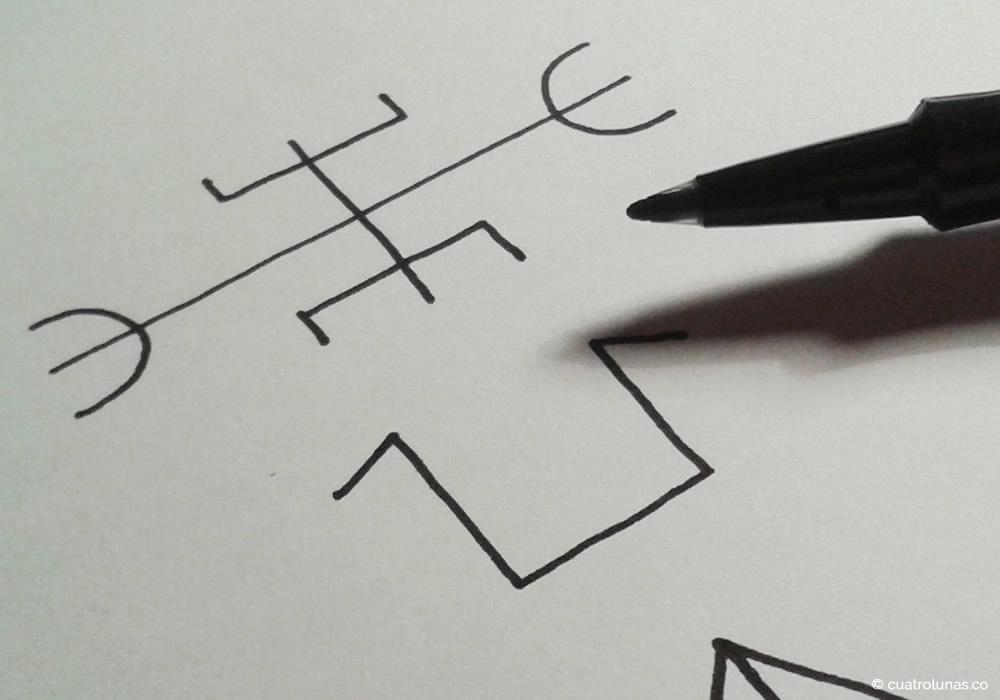 La magia de dibujar runas | Cuatro Lunas